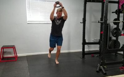 Single Leg Stance with Upper Body Figure 8 – Dynamic Balance and Shoulder Endurance Move It Monday